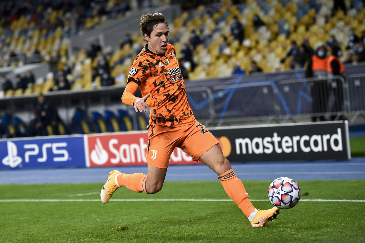 Federico Chiesa of Juventus FC in action during the UEFA...