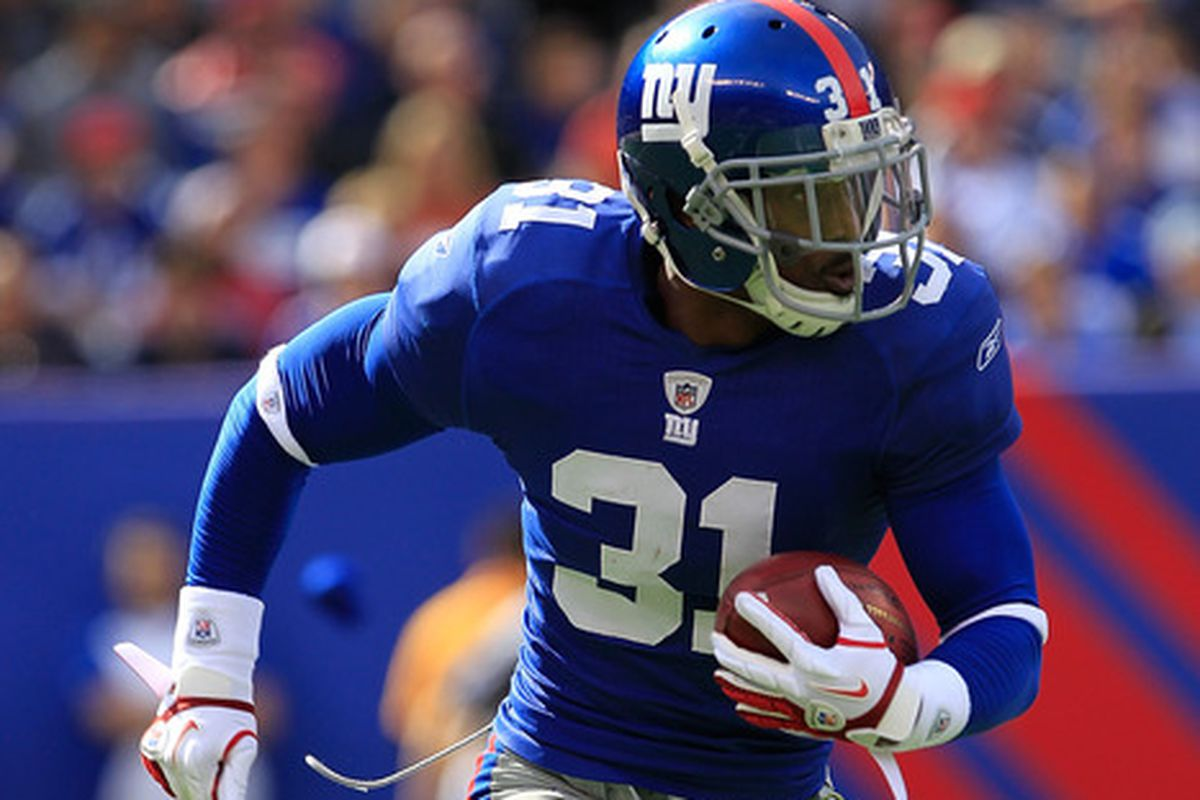 Aaron Ross is returning to the New York Giants