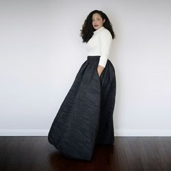 """<b>Tanesha Awasthi, <a href=""""http://girlwithcurves.com"""">Girl With Curves</a></b>  <br> The fashion industry is notoriously focused on rail-thin models, but Tanesha proves that curvy girls have killer style, too. When her blog took off, Tanesha even intr"""