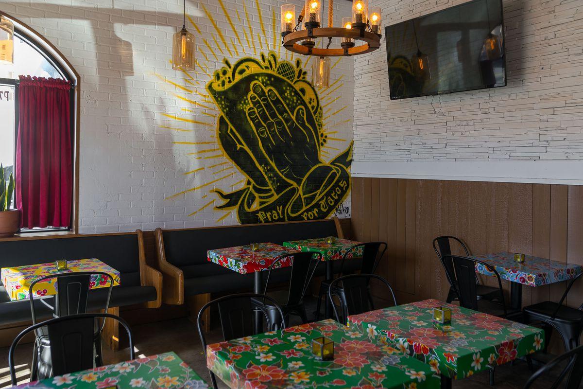 Santos Guisados Tacos & Beer