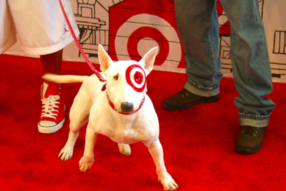 """The Target dog walks the red carpet. Via <a href=""""http://www.flickr.com/photos/rachel_photo/4814961155/in/pool-312691@N20/"""">rachel.photo</a>/Racked Flickr Pool"""