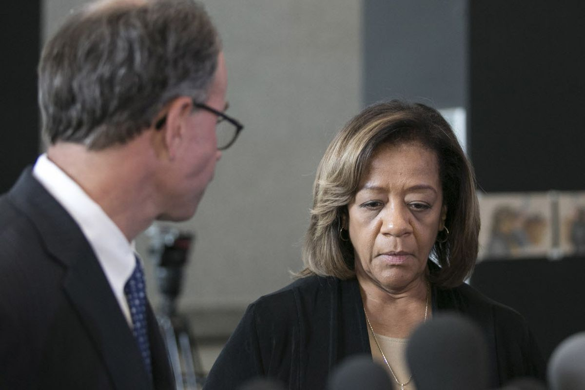 Brown: Byrd-Bennett should save the apology, tell the truth about