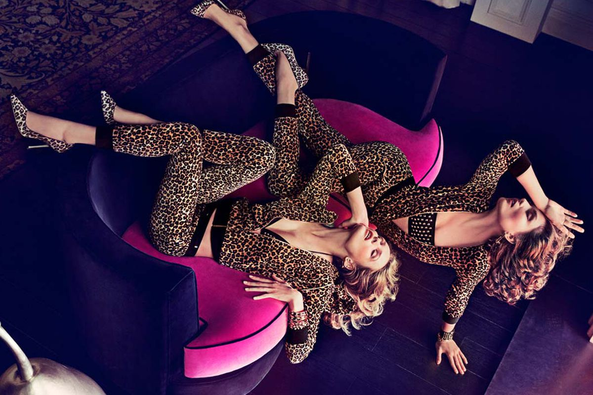 """Image via <a href=""""http://www.juicycouture.com/features-juicy-fall-campaign"""">Juicy Couture</a>"""