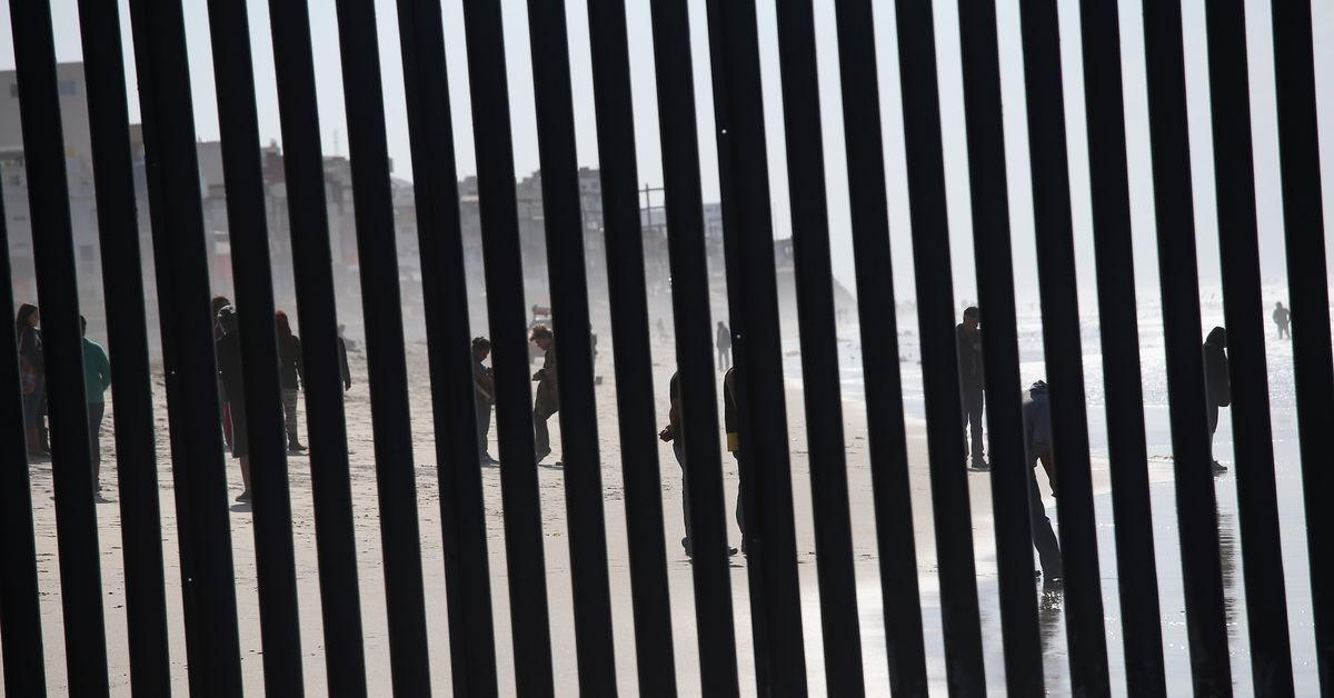 Government Shutdown The Border Wall Fight Explained Vox