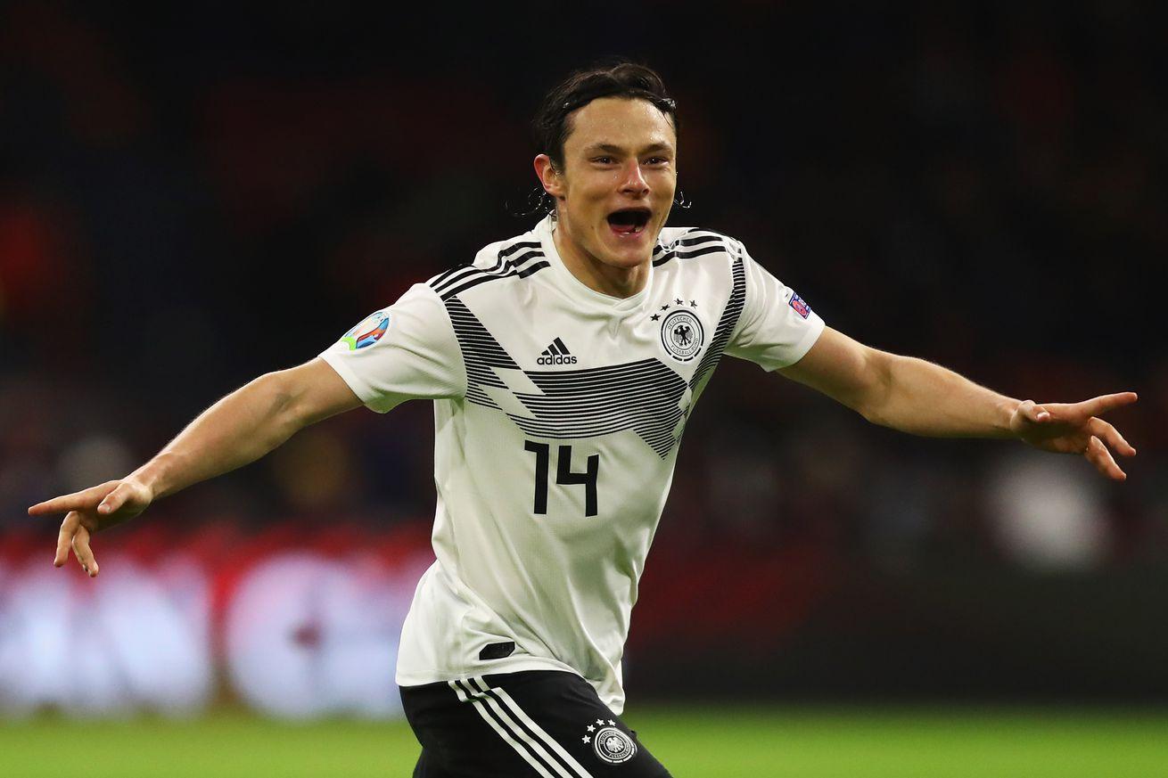 OFFICIAL: Borussia Dortmund sign Nico Schulz