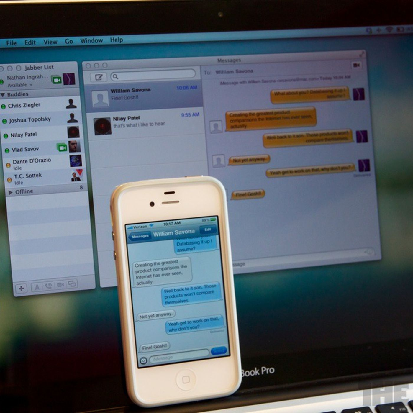 Apple iMessage and FaceTime down for users on iOS and OS X