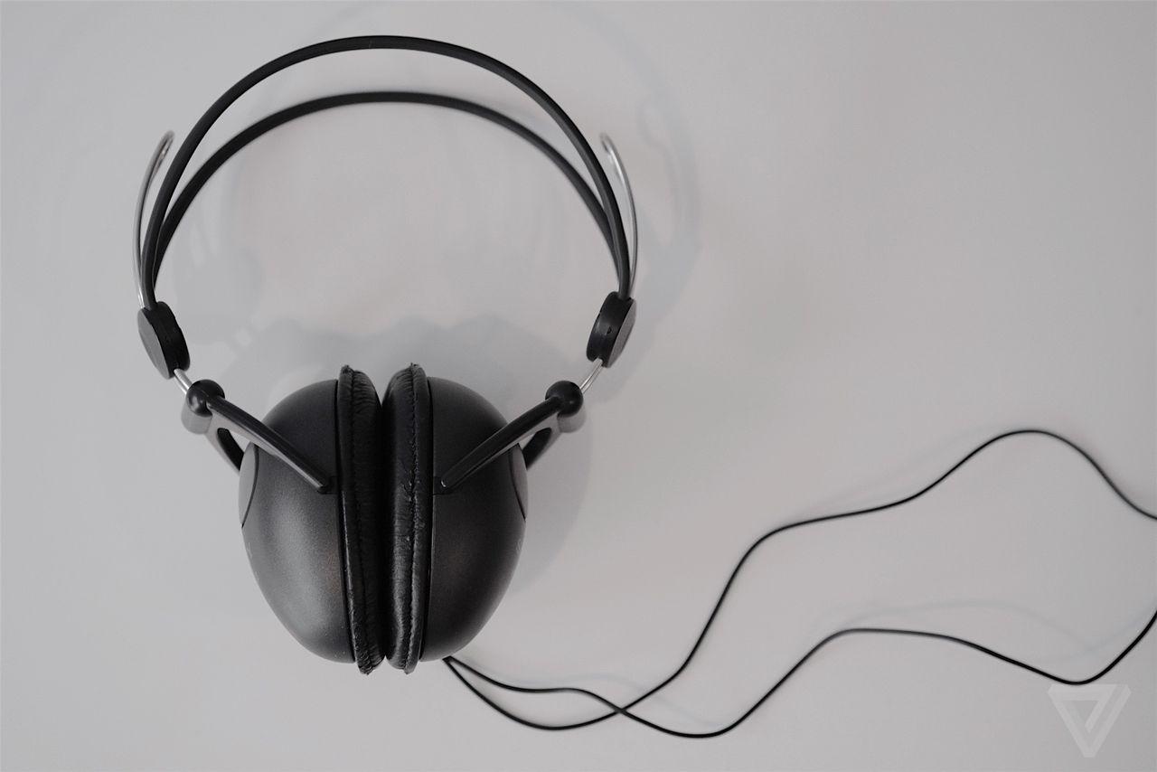 Tokyo Thrift: Sony's Eggo headphones were the Beats of the