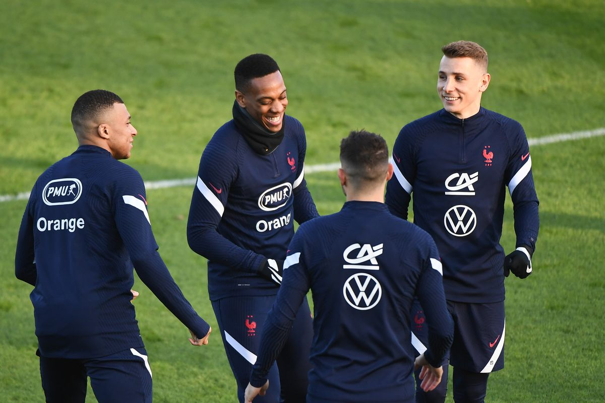 French National team before the World Cup Qualifying match against Ukraine