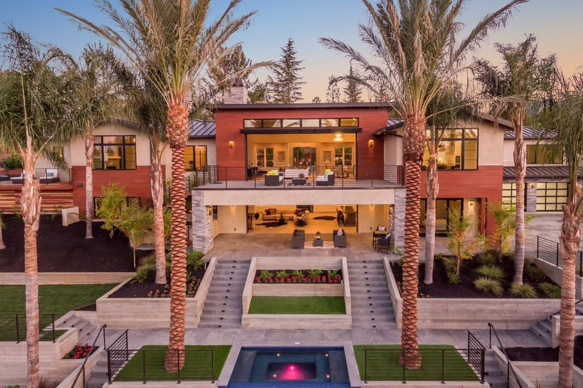 Sprawling Brand New Silicon Valley Mansion Nets 11 2 Million Curbed Sf
