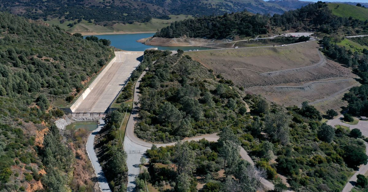 Feds order huge South Bay reservoir drained