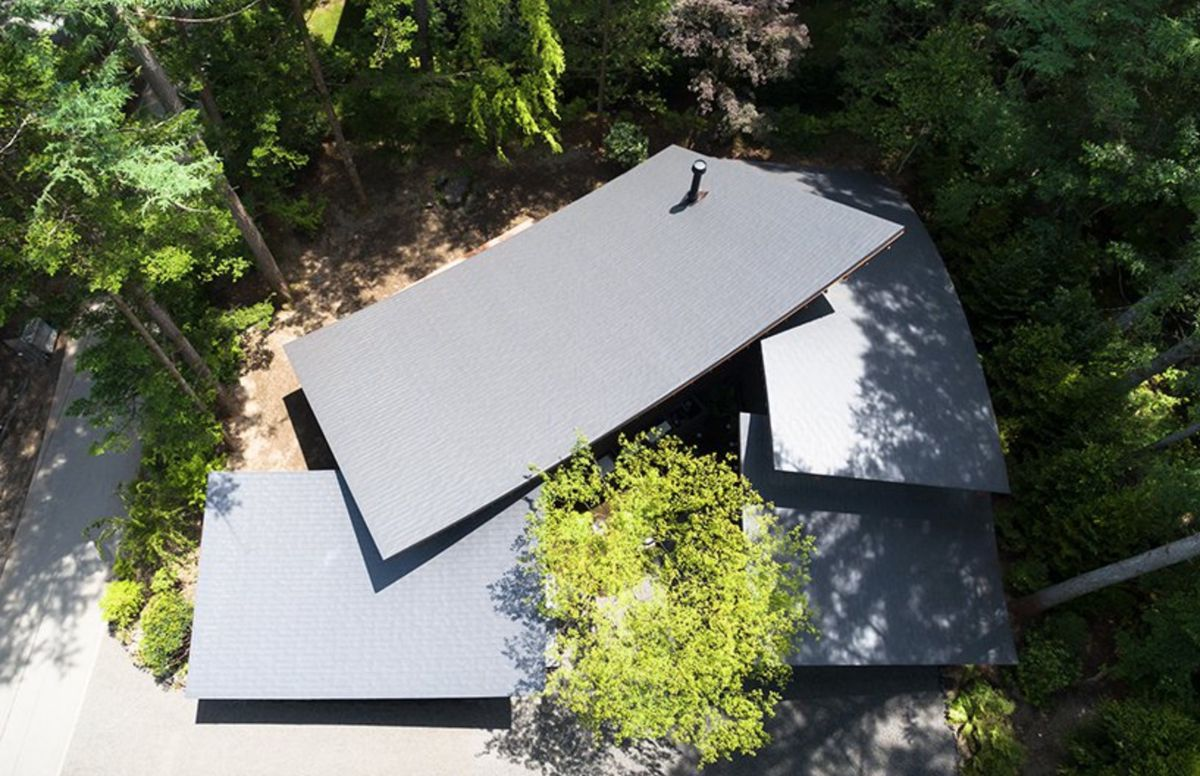 House roofs layered on top of each other