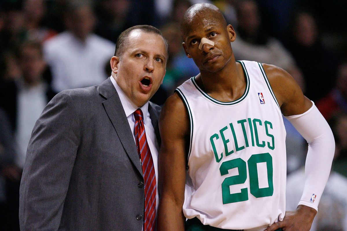 Thibodeau, when he was associate head coach in Boston, with Ray Allen in 2010 (GettyImages)