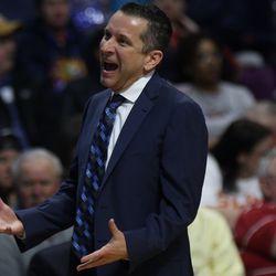 Connecticut Sun head coach Curt Miller isn't happy with a call.