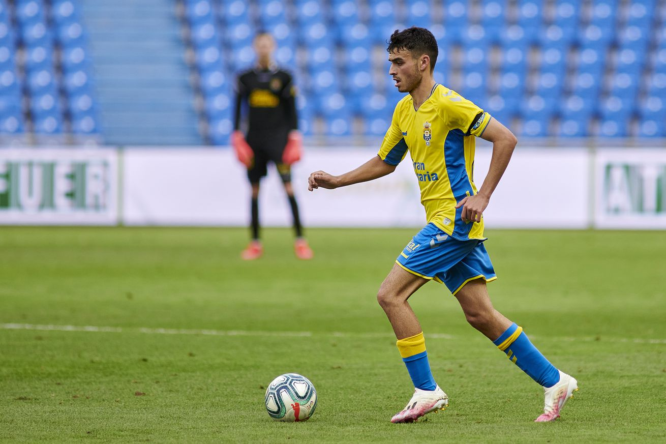 Pedri comes up with another impressive assist for Las Palmas