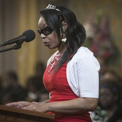 """LaToya Jones spoke during the funeral services for her mother, Bettie Jones, who was """"accidentally"""" shot to death by a Chicago Police officer the day after Christmas, at New Mount Pilgrim Missionary Baptist Church on Wednesday, Jan. 6, 2016."""
