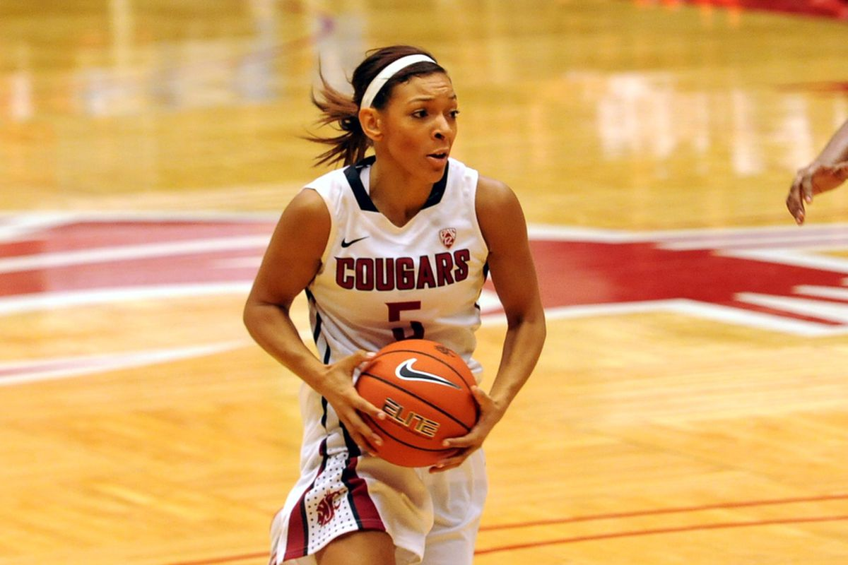 Junior guard Tia Presley is 22 points away from joining the 1,000 point club