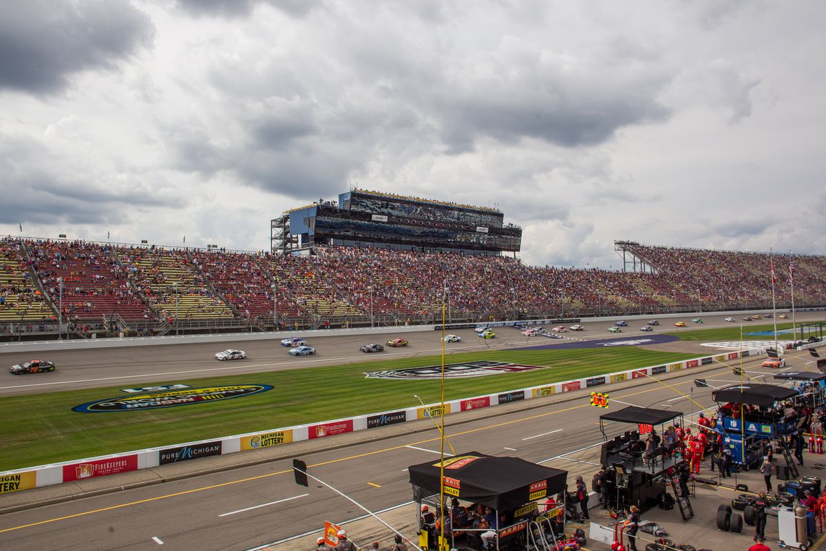 AUTO: AUG 13 NASCAR Monster Energy Cup Series - Pure Michigan 400