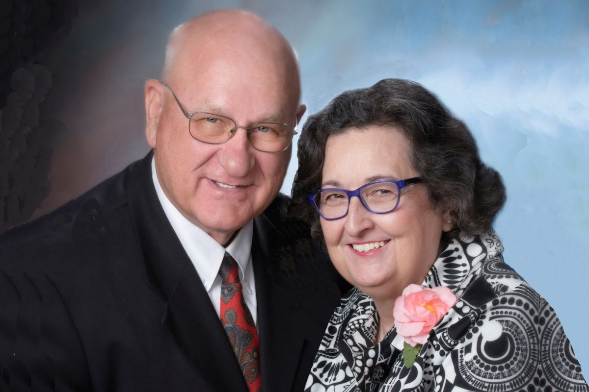Birmingham Alabama Temple President Gary Pettus, who died Saturday from COVID-19, and his wife, Sister Cheryl Pettus.