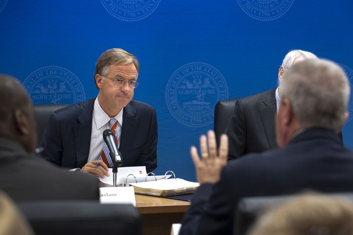 Gov. Bill Haslam leads a budget hearing in 2015.
