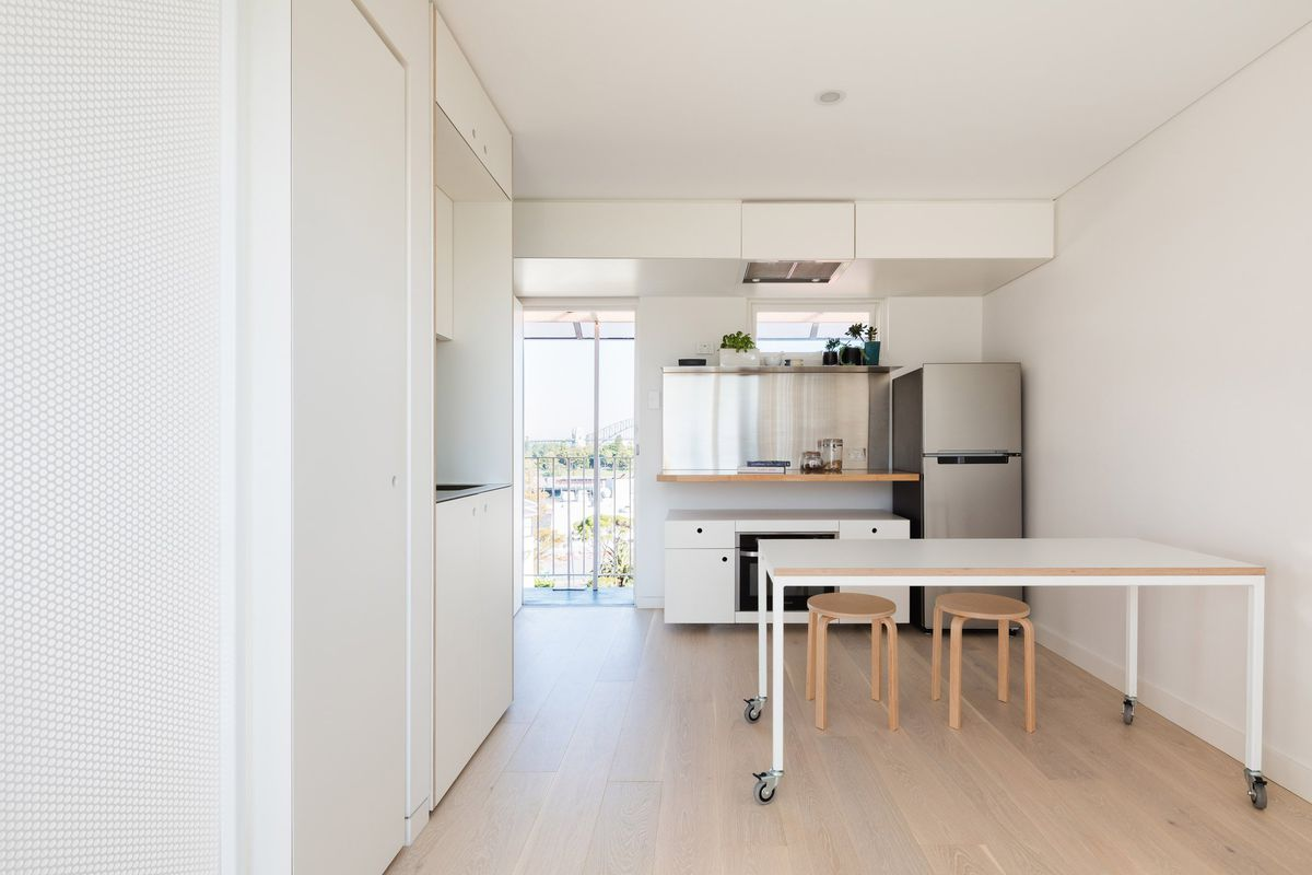 Efficient tiny apartment follows Japanese organization method - Curbed