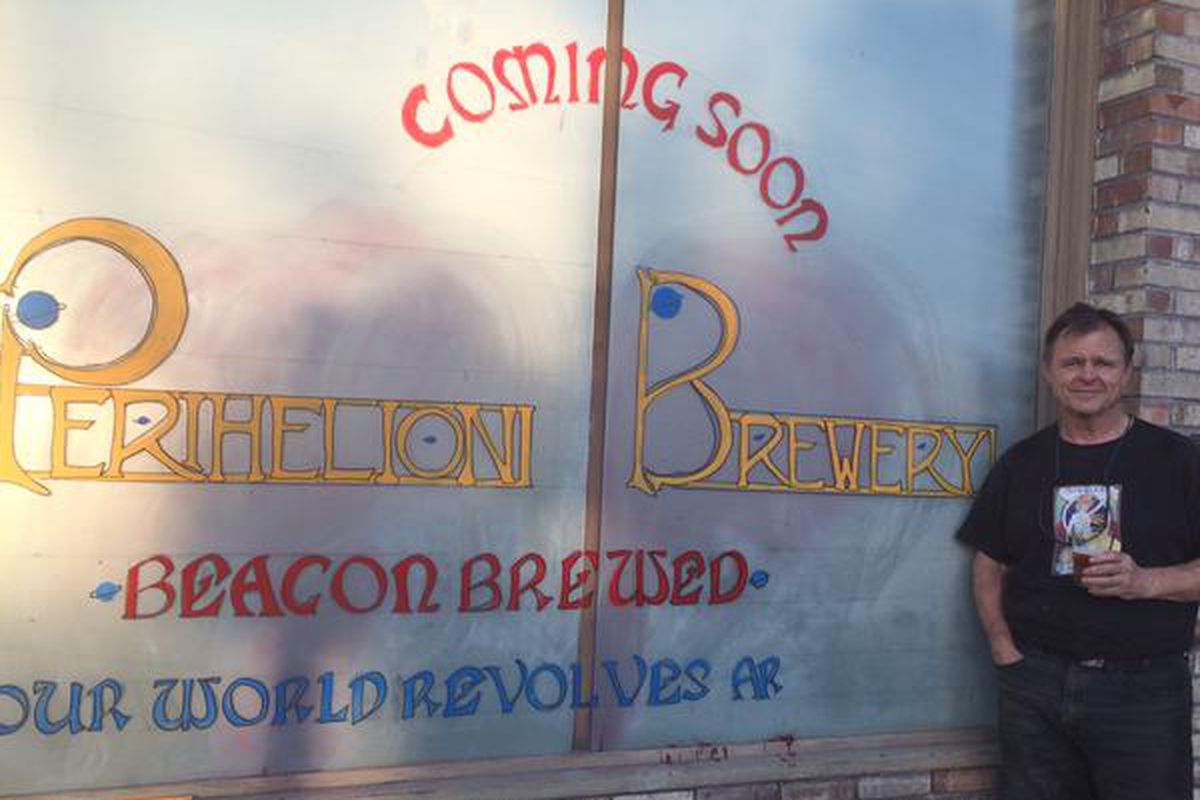 Les McAuliffe in front of the coming Perihelion Brewery