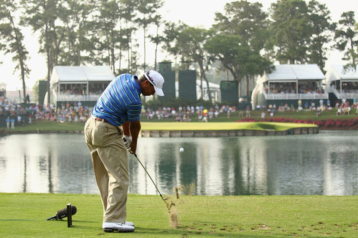 tpc sawgrass u0026 39  no  17  phil mickelson leads tiger woods in