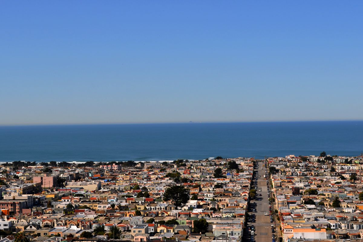 Outer Sunset homes and the Pacific Ocean on the horizon.
