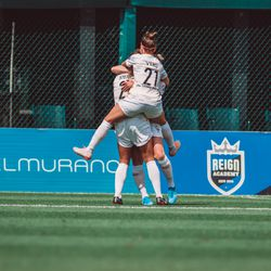 Amy Rodriguez Goal