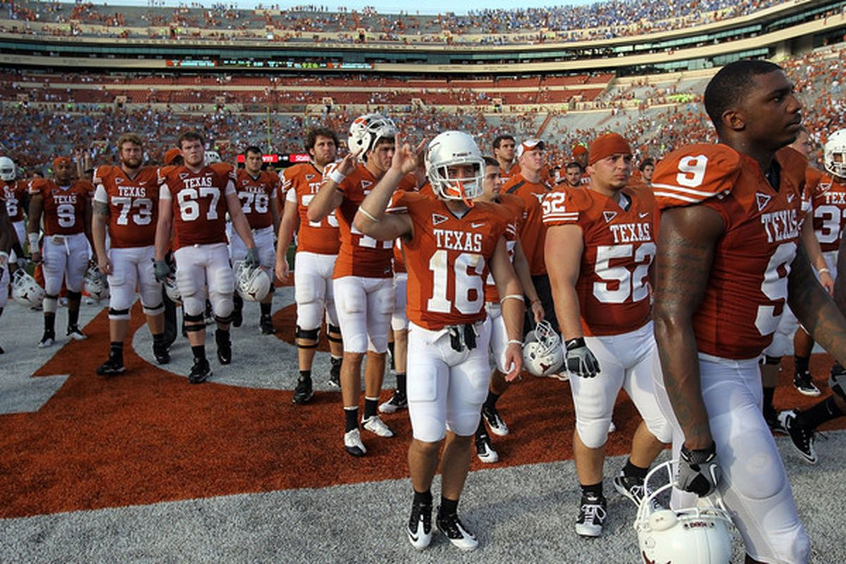 Texas teams have the talent, but basketball and football have been plagued with underachievement recently.