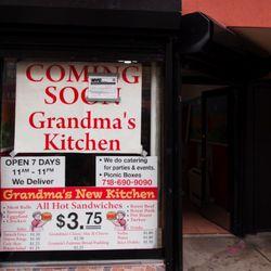 "Grandma's Kitchen via <a href=""http://www.heresgreenpoint.com/home/2011/8/18/coming-soon-grandmas-kitchen-to-683-manhattan-avenue.html"" rel=""nofollow"">Here's Greenpoint</a>"