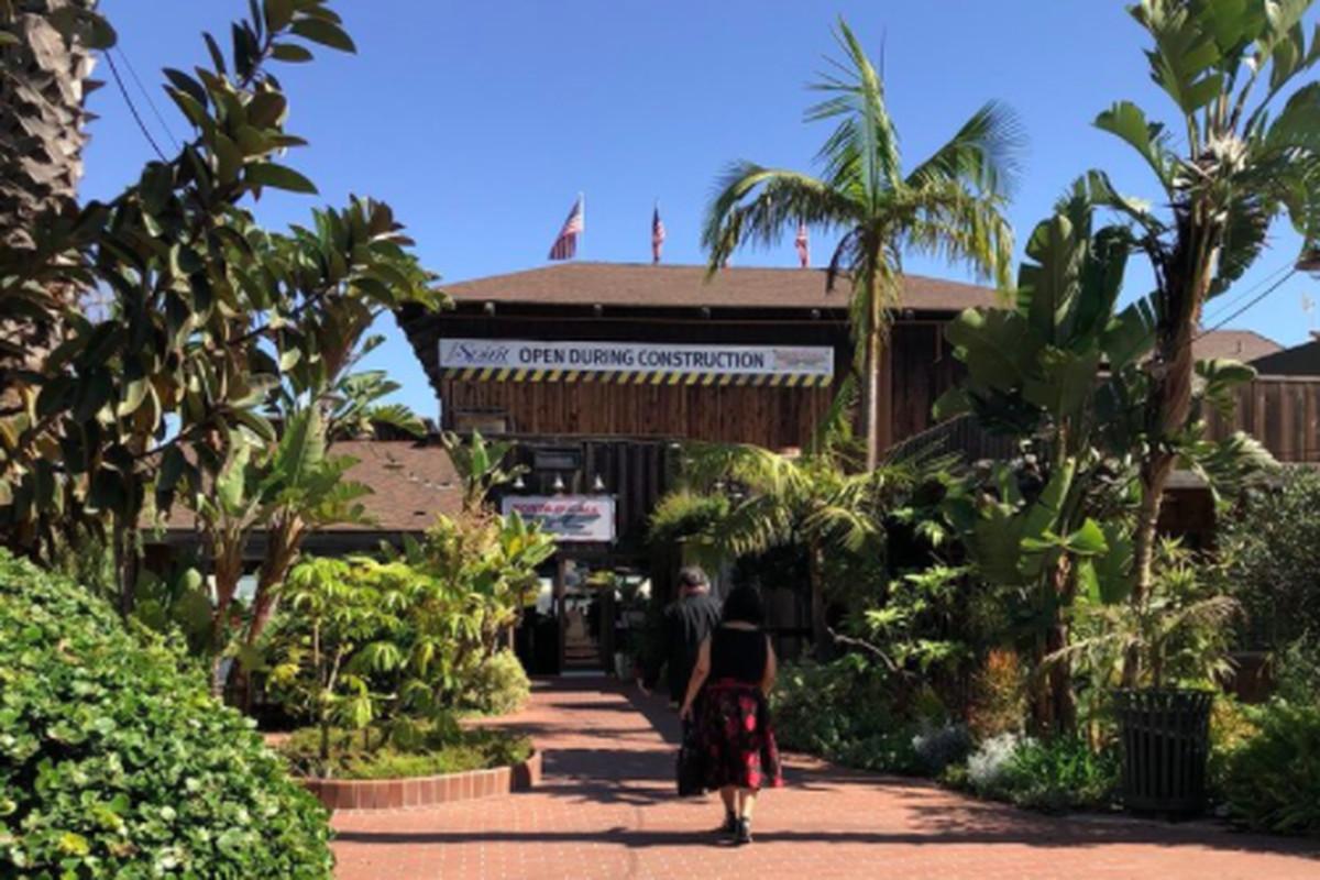 Ports O Call Restaurant Michelle Via Yelp San Pedro S