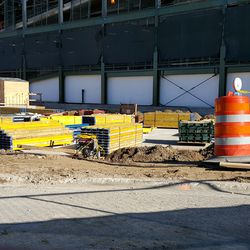 11:08 a.m. Excavation in the plaza area -