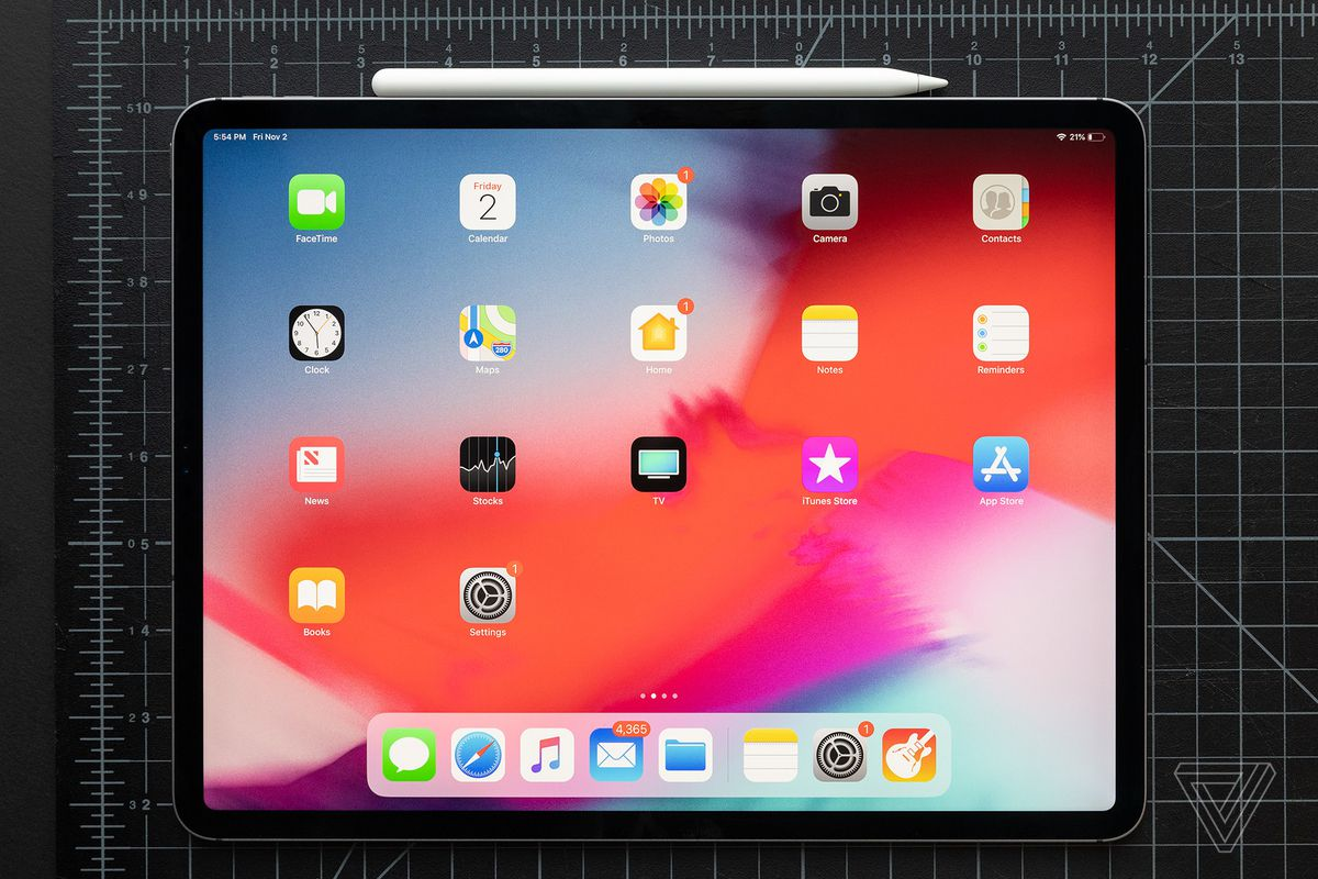 a509d106aa9 Apple confirms some iPad Pros ship slightly bent, but says it's normal