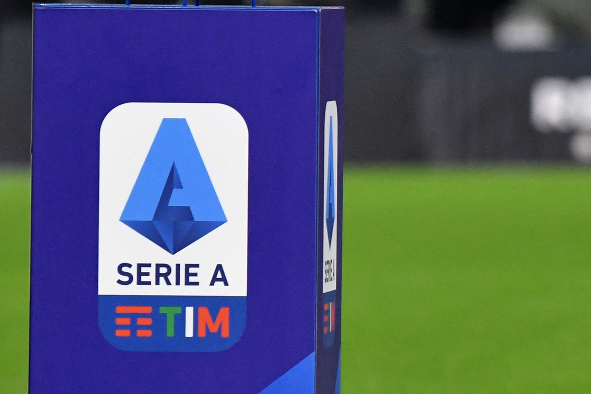 An official Nike Serie A ball over a pedestal with Serie A...