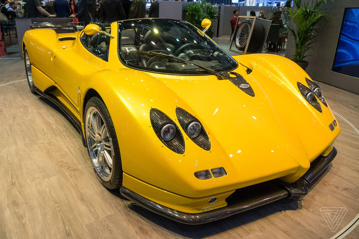 The Pagani Zonda Roadster is still a looker, almost 15 years later ...