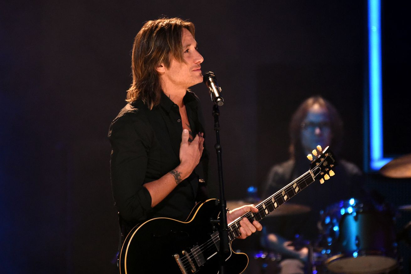 keith urban wrote a song called female because of harvey weinstein
