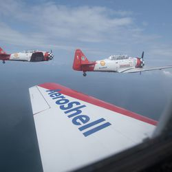 The AeroShell Aerobatic Team over Lake Michigan for the Chicago Air and Water Show.   Colin Boyle/Sun-Times