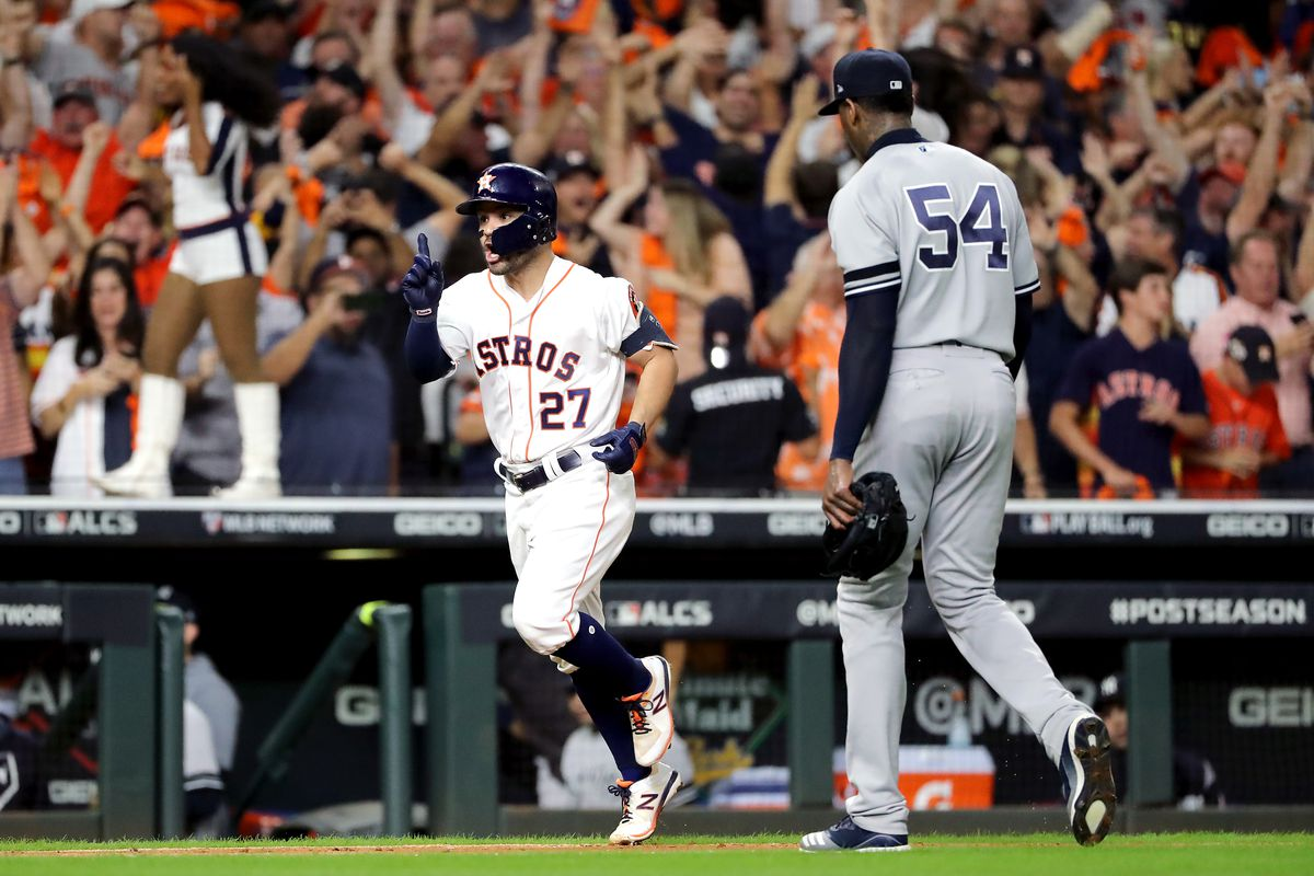 Altuve Astros >> The Astros Alleged Buzzer Cheating Is Very Effective In Mlb