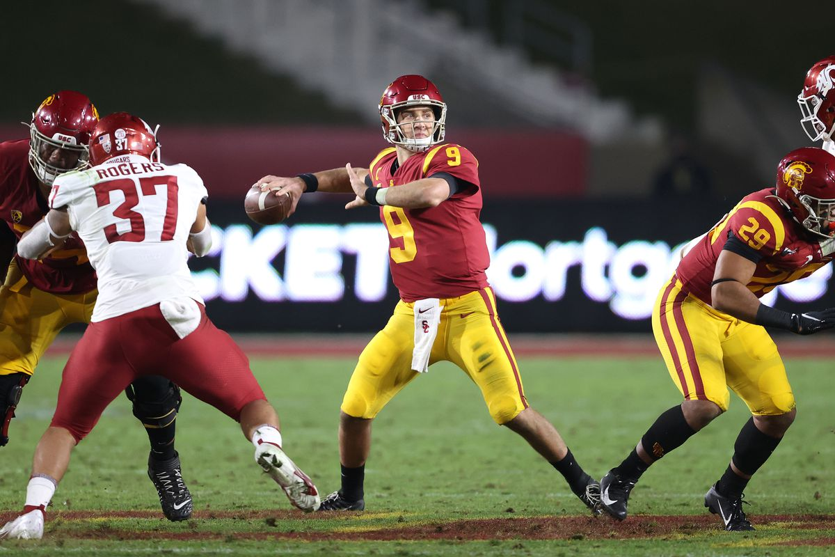 Kedon Slovis of the USC Trojans passes during the second half of a game against the Washington State Cougars at Los Angeles Coliseum on December 06, 2020 in Los Angeles, California.