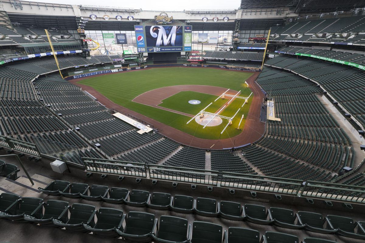 Brewers Home Opener 2020.Milwaukee Brewers To Lead Off Espn S Sunday Night Baseball