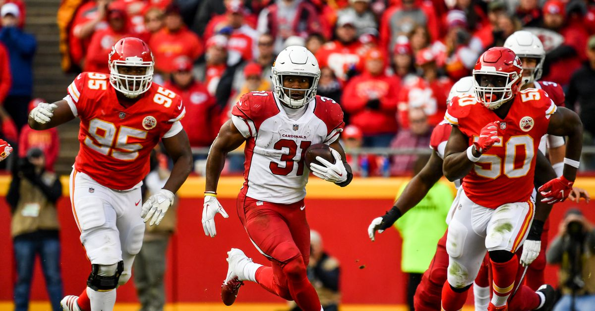 NFL Fantasy Football starts and sits for Week 11 includes Joe Mixon