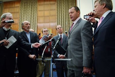 Clemens Talks With House Oversight and Government Reform Committee