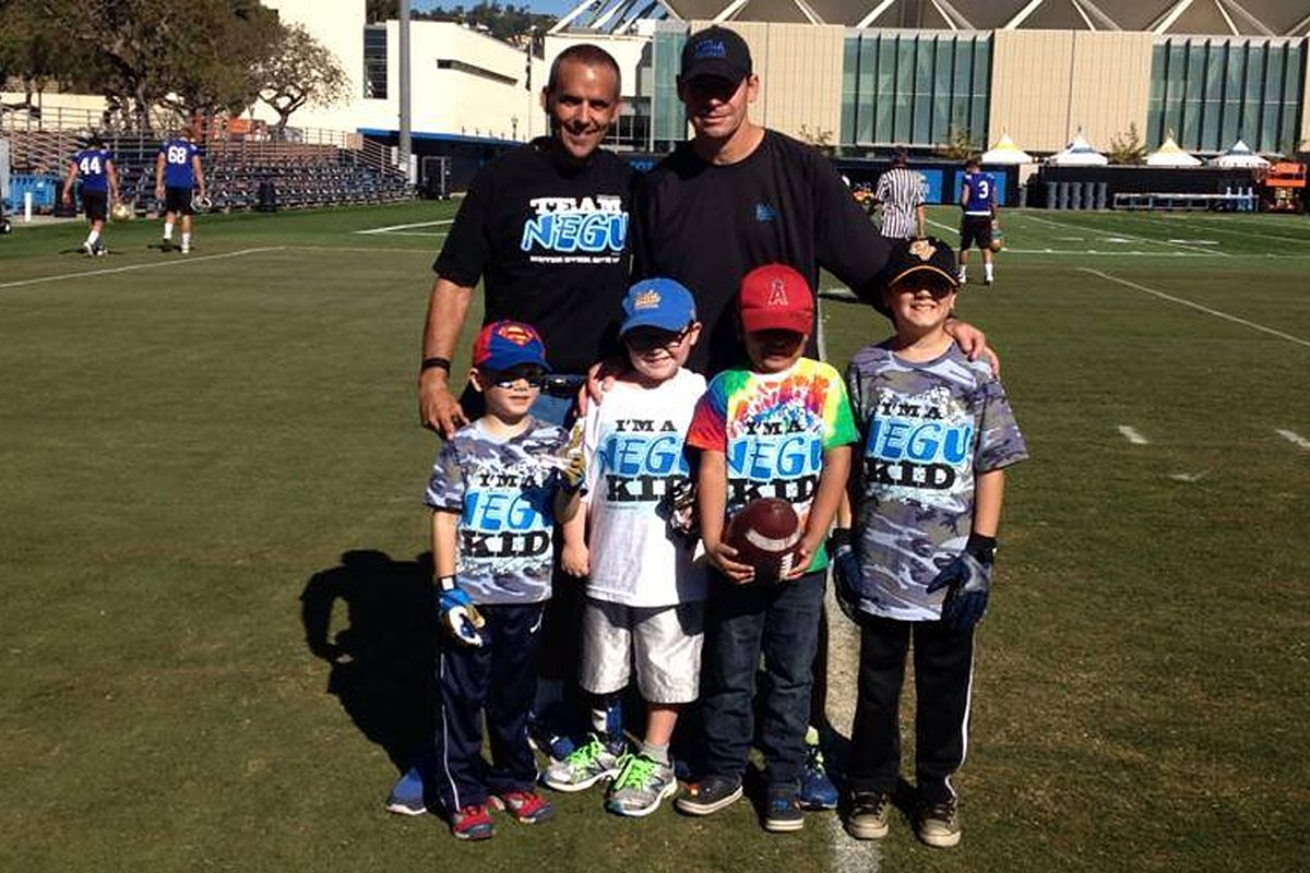 Join Ucla Football In Helping Kids With Cancer Bruins Nation