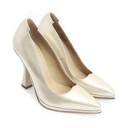 "<a href=""http://www.fluevog.com/code/?w%5B0%5D=gender%3Awomen&w%5B1%5D=attribute%3AHeel&pp=1&view=detail&p=29&colourID=4030"">John Fluevog 'Queen of the Skies Midas' Pumps</a>, $399: Gilded wonders, even the soles says you're walking on gold! [Photo: John"