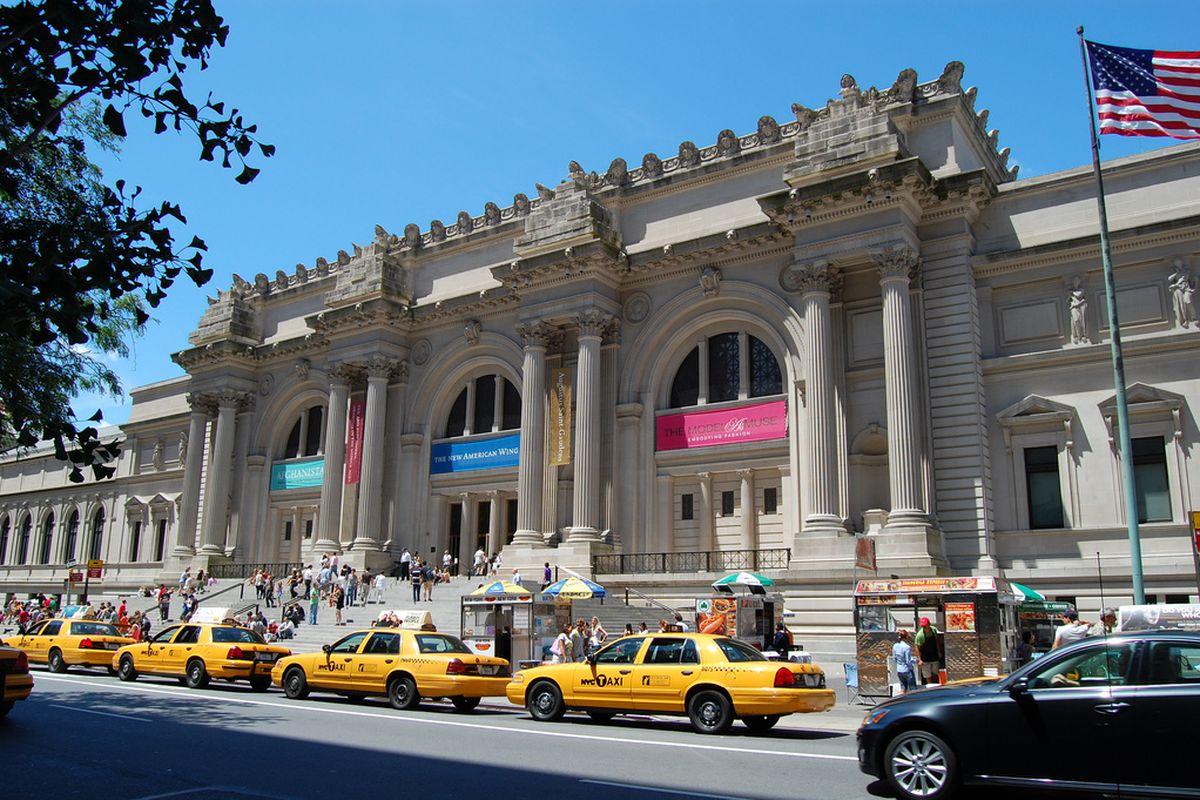 Met museum opens up hundreds of