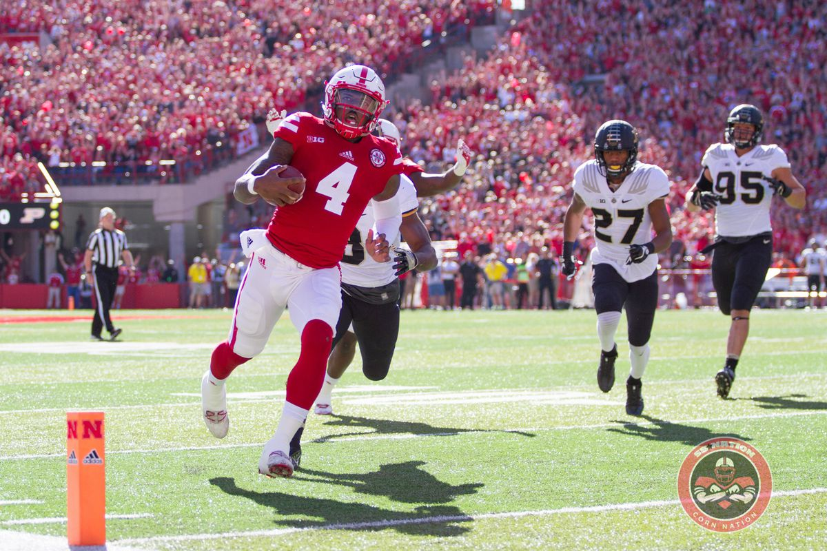 Gallery: Huskers March on to 7-0