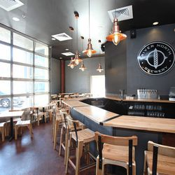 """a href=""""http://denver.eater.com/archives/2012/02/15/a-look-inside-river-north-brewery.php"""">Denver: A Look Inside <strong>River North Brewery</strong></a>"""
