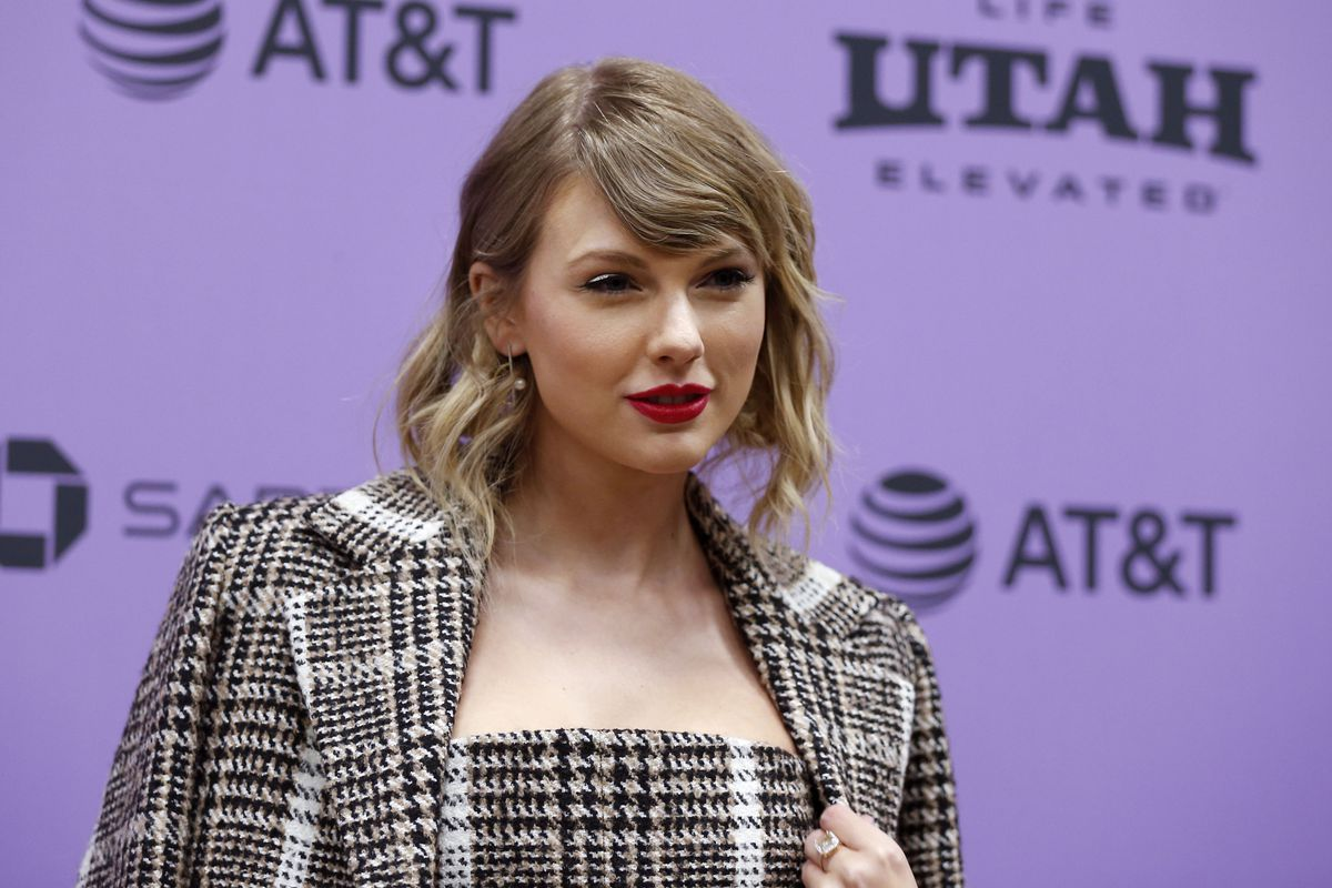 """Taylor Swift arrives for the Sundance Film Festival premiere of her Netflix documentary """"Miss Americana"""" at the Eccles Theatre in Park City on Thursday, Jan. 23, 2020."""