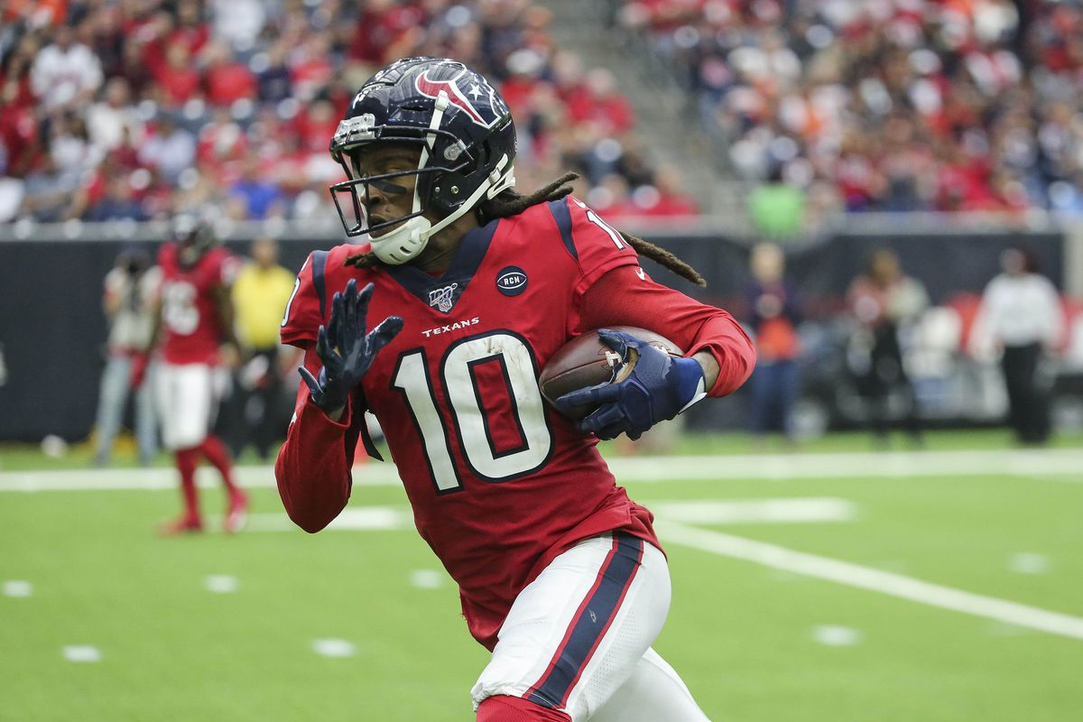 Houston Texans wide receiver DeAndre Hopkins makes a reception for a touchdown during the third quarter against the Denver Broncos at NRG Stadium.