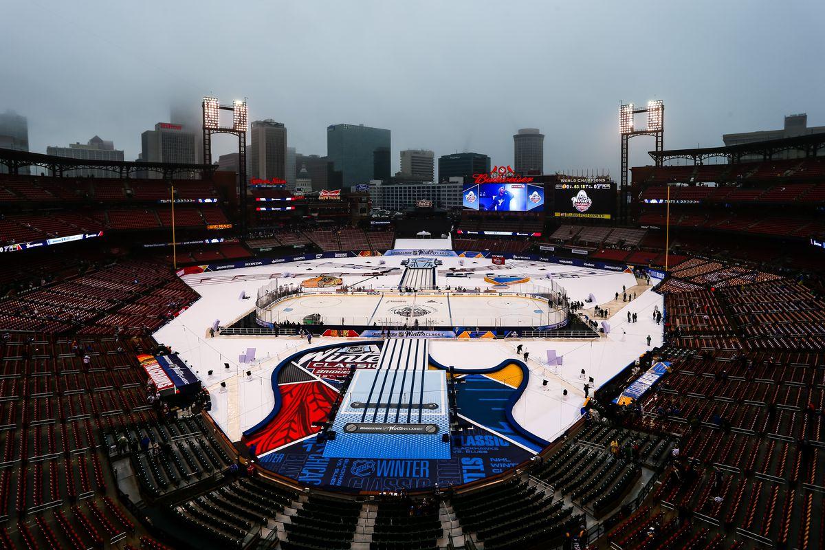 NHL: JAN 02 Winter Classic - Blackhawks at Blues